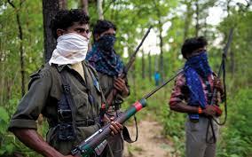 Naxalites attack in Maharashtra: महाराष्ट्र में नक्सलियों का हमला, एक जवान घायल