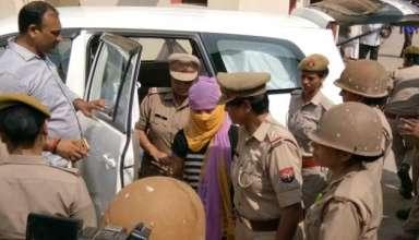 Now victim arrested in Chinmayanand case for demanding extortion : चिन्मयानंद केस में अब पीड़ित को रंगदारी मांगने के आरोप में हुई गिरफ्तार